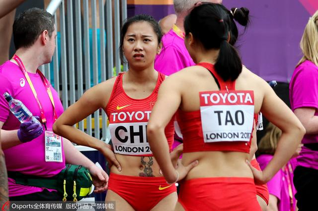 女子4×100接力中国队重大失误 取消资格无缘决赛