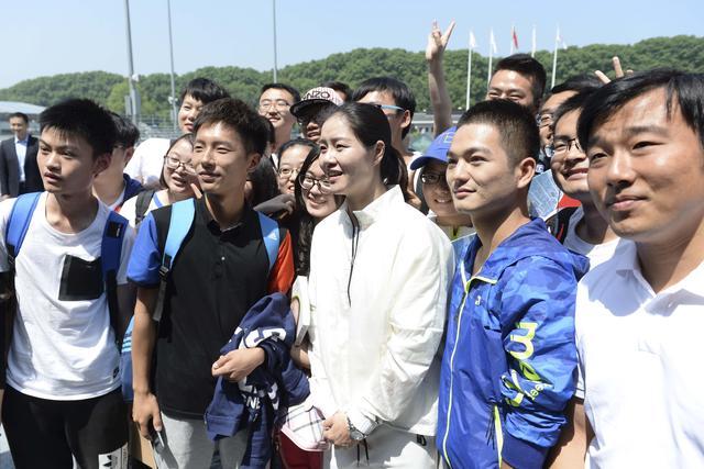 李娜南京助阵网球活动 自爆二胎妊娠反应大
