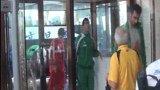 伊朗输球球员面无表情拒采访