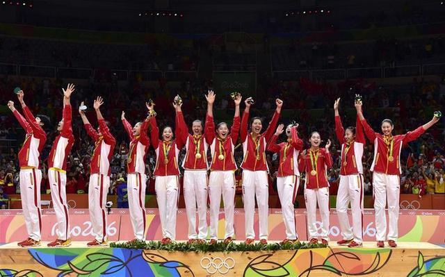 新华社:女排精神超越体育层面 激荡中国力量
