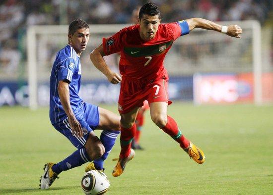 欧预赛-葡萄牙4-0塞浦路斯 神勇C罗梅开二度
