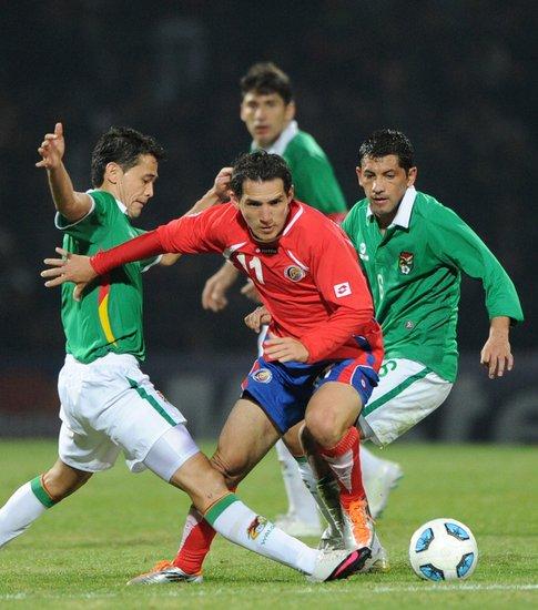 美洲杯-哥斯达黎加2-0玻利维亚 90后双锋建功