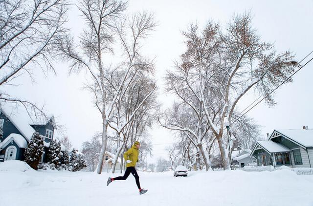 严寒天气下跑步考验加剧 围巾面罩乃最佳帮手
