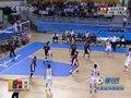 视频:男篮1/4决赛 大郅接球出手命中三分