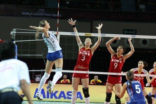 中国女排0-3俄罗斯 3战全败小组垫底无缘四强