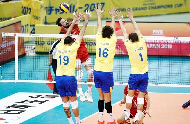 男排前瞻:巴西意大利强强对决 奥运决赛重演