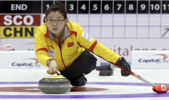 中国冰壶女队8-2苏格兰 逼上届亚军提前认输