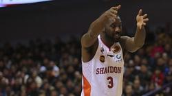 奇才队考虑签约泰-劳森 山东外援有望重返NBA
