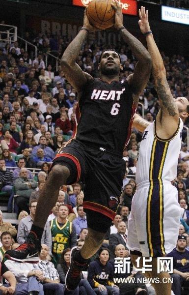 NBA:热火击败爵士[组图]