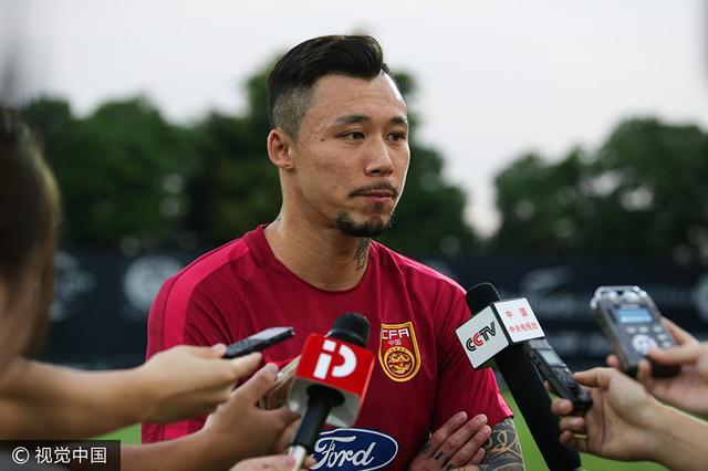 张琳芃:此前受伤不影响比赛 对手身体素质好