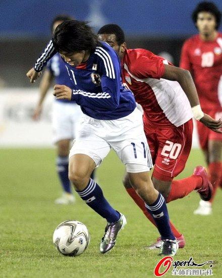 亚运男足-日本1-0阿联酋首夺冠 实藤友纪绝杀