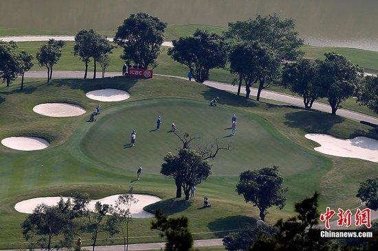 图文:广州亚运会高尔夫球开赛