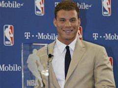 霍华德赢最佳防守奖 连续三年当选成史上首人