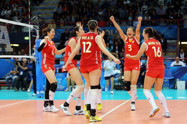 中国女排送多米尼加首败 豪取八连胜小组居首