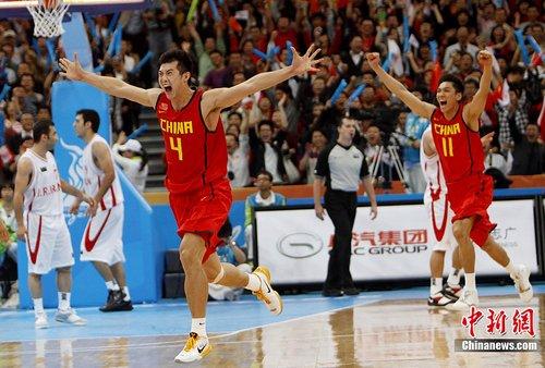 广州亚运会:中国男篮艰难杀入决赛