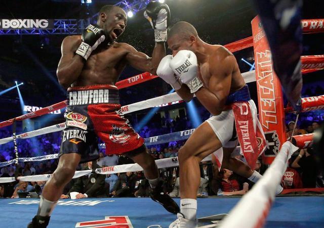 拳王争霸赛克劳福德TKO伦迪 二次卫冕28战全胜