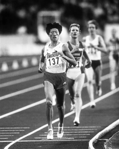 曲云霞1500米世界纪录被破 加特林9秒78再夺冠