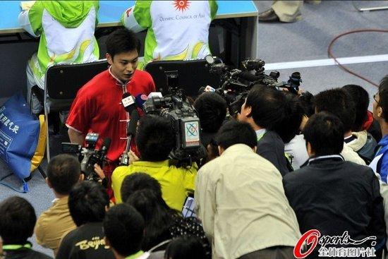 央视嘉宾:袁晓超实力超强 小失误因家人观战