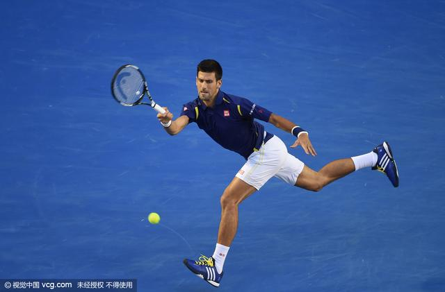 央视:小德全面王 费德勒把网球打成围棋感觉
