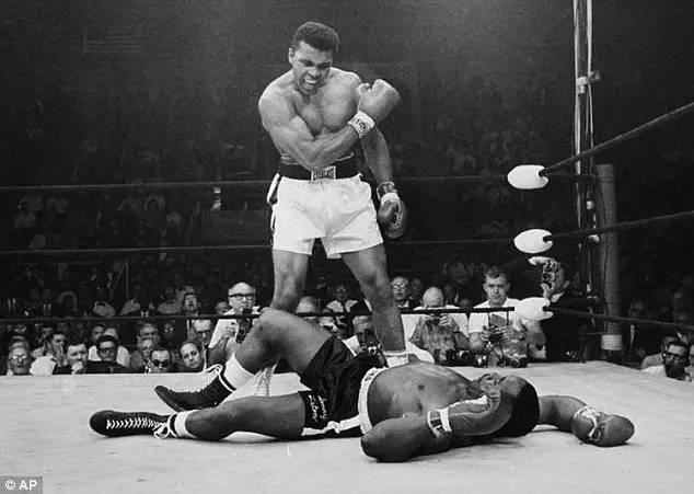 拳王阿里与病魔抗争32年不幸辞世 享年74岁