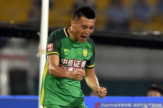 足协杯绿城vs国安首发:全华班防线 pk于大宝