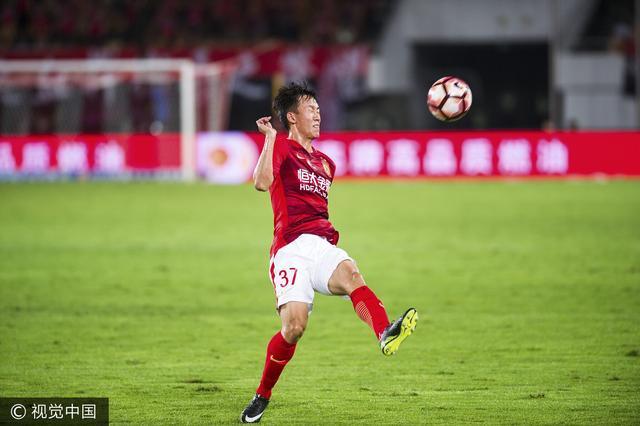 白岩松:足协高级黑 中国足球未来或一地鸡毛