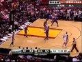 视频:尼克斯vs热火 波什面对安东尼轻松跳投