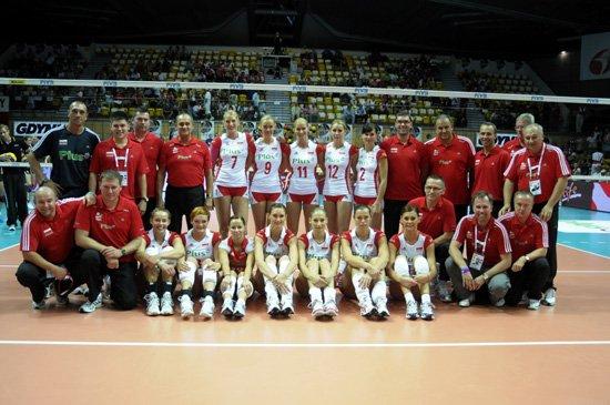 波兰女排名单:格林卡缺席 萨杜雷克领衔20人