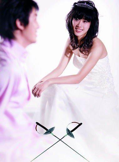 谭雪王敬之办盛大婚礼 美女剑客迎最美丽一天