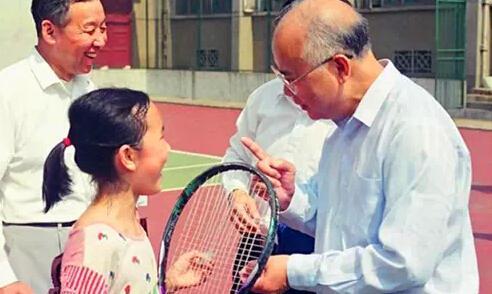 """何振梁的网球情缘:曾为中国队当""""间谍"""""""