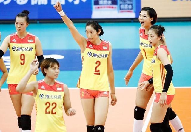 【排球TOP汇】2017国际女排十大焦点 朱婷最贵