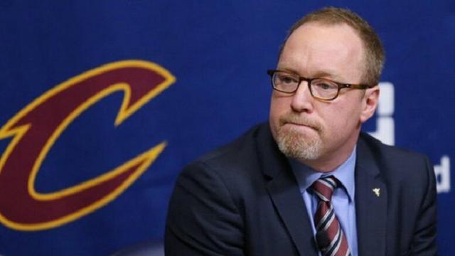 詹皇称骑士必须续签此人 球队大幅加薪挽留他