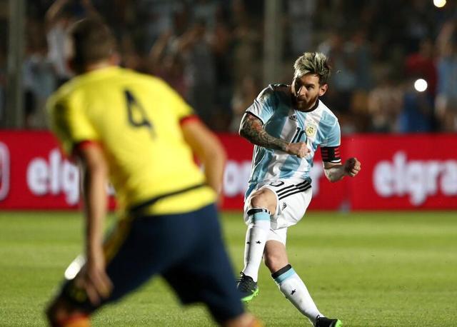 世预赛-阿根廷3-0哥伦比亚 梅西传射天使建功