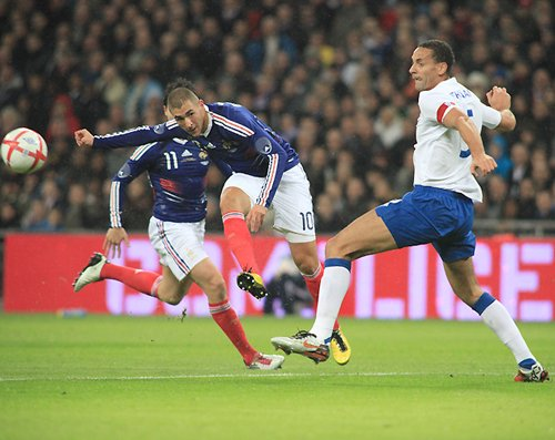 法国最强一环早已被遗失 10战15球凭啥争冠?