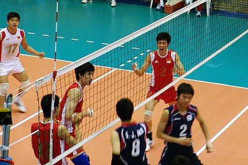 亚少半决赛男排横扫韩国 决赛对阵东道主伊朗