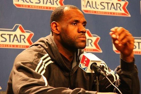 詹姆斯:科比应得MVP 如果停摆还没想好对策