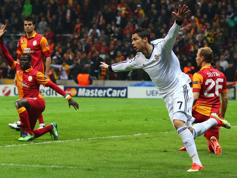 全场集锦:C罗2球超舍瓦 皇家马德里客场2-3加拉塔萨雷截图