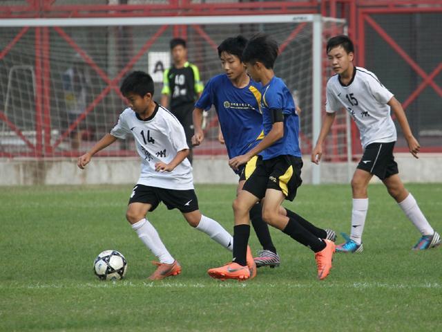 中国踢球人不少了! 竟学日本淘汰的足球理论