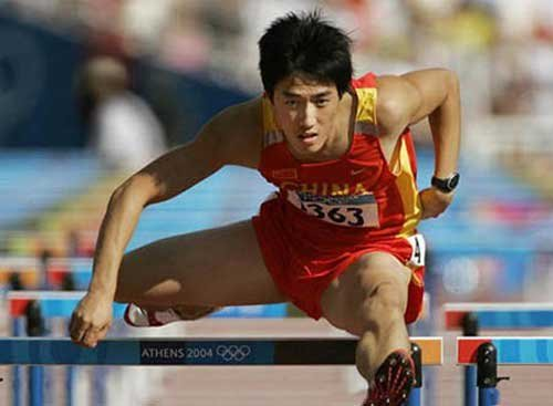 """刘翔改技术尝试""""七上八下"""" 渴望赢在起跑线"""