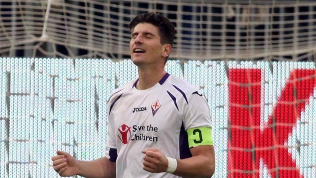 意甲综述-佛罗伦萨4-0大胜 热那亚近八轮不败