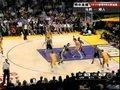 视频:马刺vs湖人 加索尔强悍靠打翻身跳投