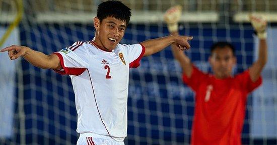 沙足-中国8-3伊拉克取预选赛首胜 门将破僵局