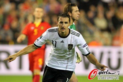 欧预赛-德国客场1-0比利时 穆勒助克洛泽绝杀