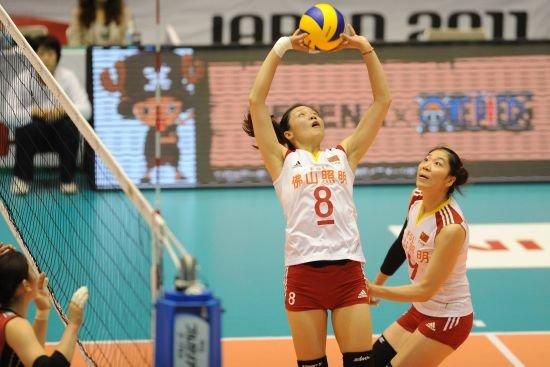 世界杯女排3-2险胜日本 决胜局落后4分演逆转