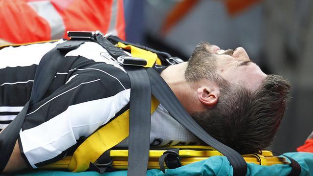 尤文宣布铁卫左肩脱臼 伤停2个月今年已报销