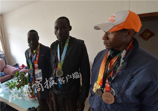 非洲小伙8場馬拉松僅賺2千︰被偉大既china經紀人騙la,香港交友討論區