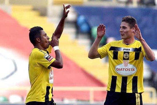 葡超-贝拉马尔3-1完胜 王刚替补造对方2黄1红