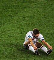 杰拉德拼到腿抽筋也没能挽救英格兰