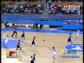 中国队抢下篮板后快攻