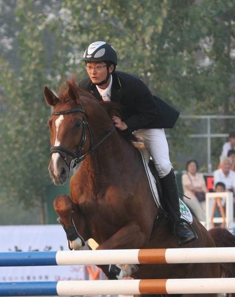 2011北京国际马术大师赛中国选手--韩壮壮
